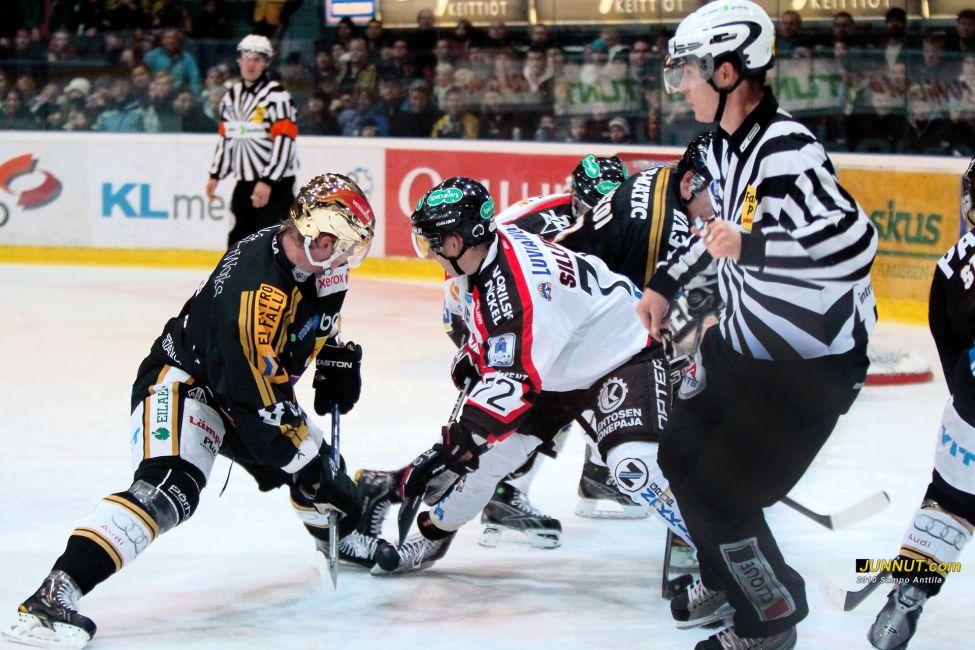 Kärpät - Ässät 26.10.2010: JUNNUT.com