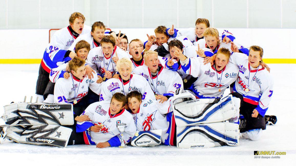 YJK/JHT voitti U14 kultaa Stockmann-turnauksessa 2010