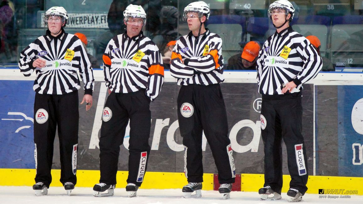 Kärpät - Lukko 27.11.2010, tuomarit