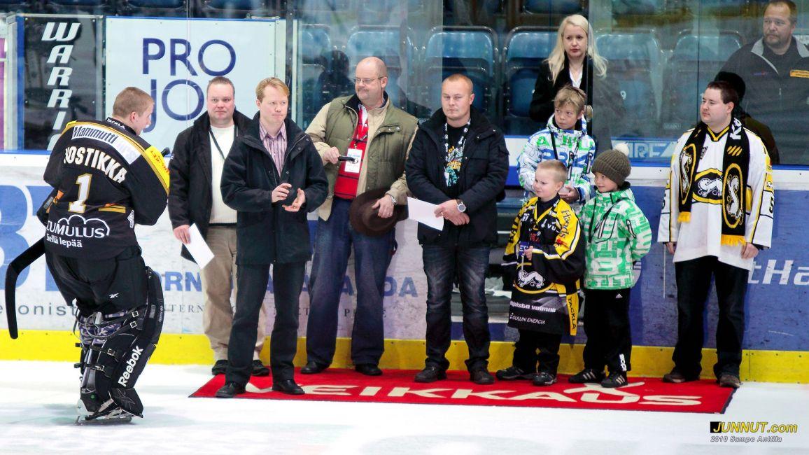 Ville Hostikka palkittiin ansaitusti Kärpät - Jokerit SM-liigaottelussa: - junnut.com 4.12.2010
