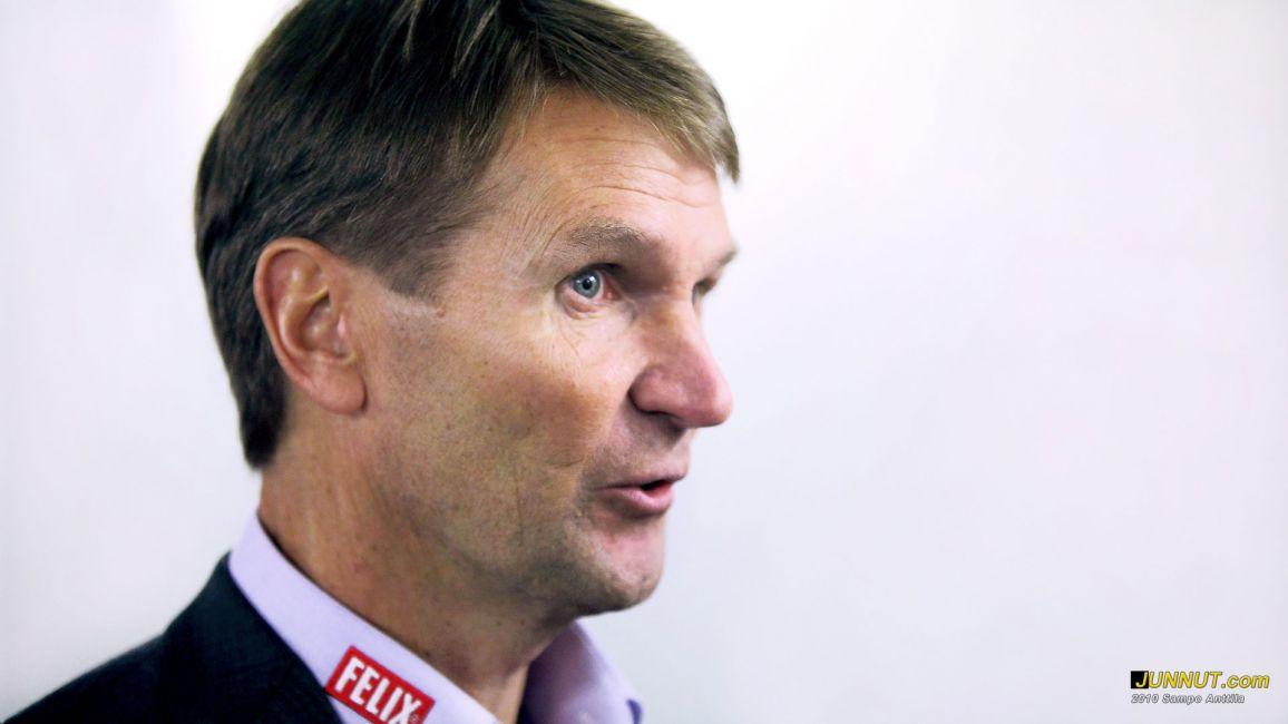 Päävalmentaja Erkka Westerlund, Jokerit: junnut.com 4.12.2010