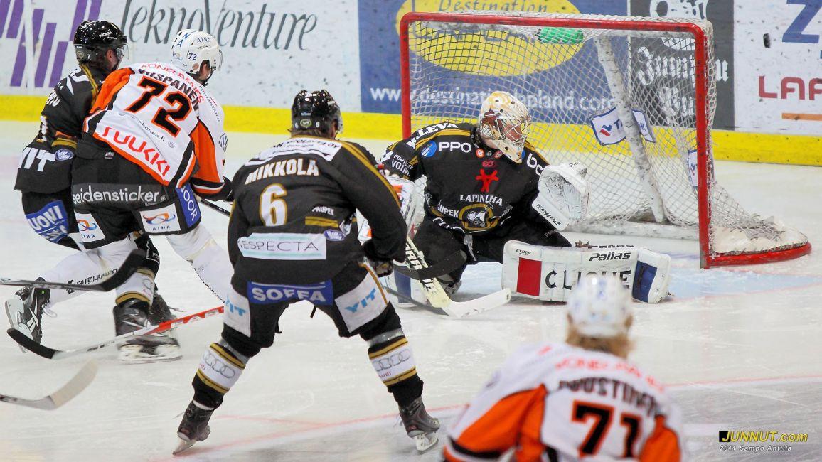 Maalivahti Tomi Karhunen, Oulun Kärpät 15.1.2011