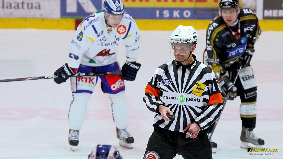 Päätuomari Hannu Henrikson, Kärpät - Lukko, SM-liigaa 20.1.2011