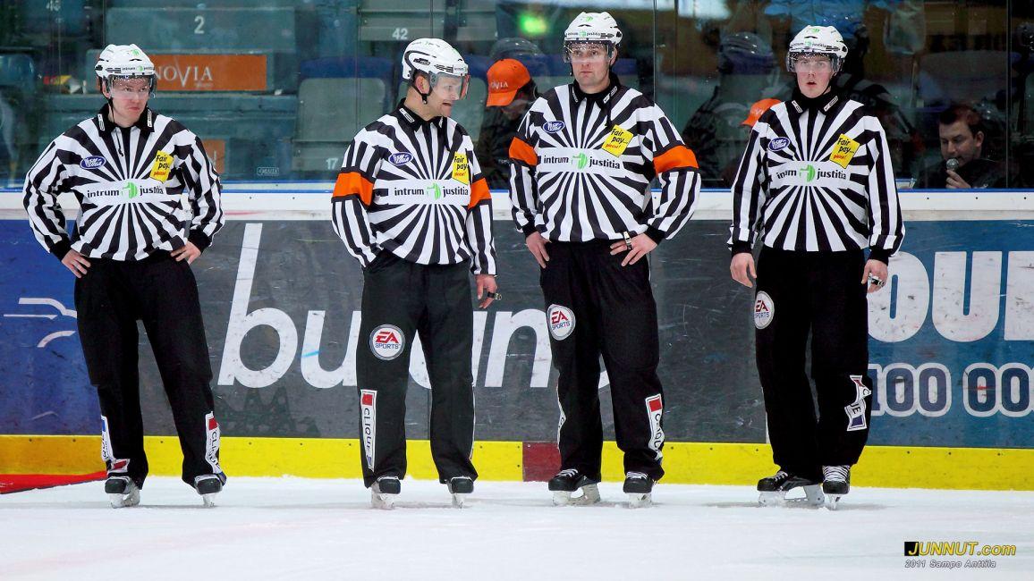Timo Malinen, Hannu Henrikson, Tuomo Sorakangas ja Teemu Sorakangas 20.1.2011