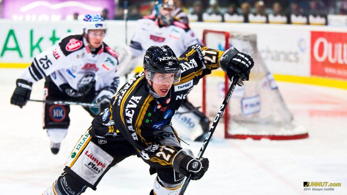 27 Joonas Donskoi, Oulun Kärpät 22.2.2011