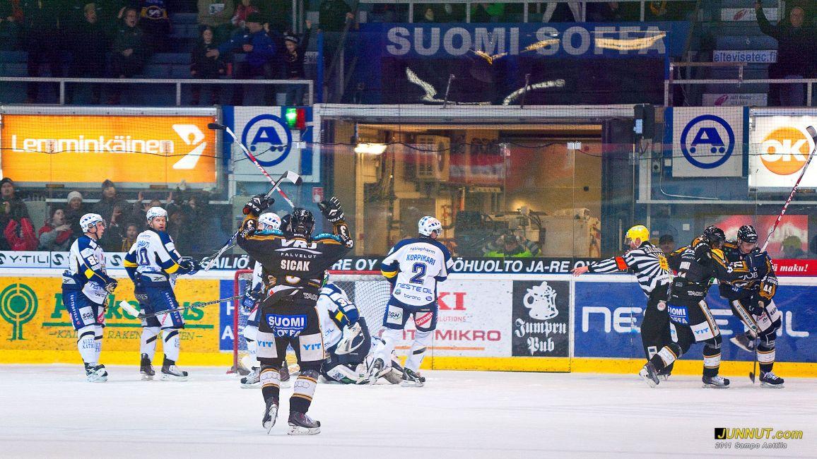 Kärpät - Blues 12.3.2011