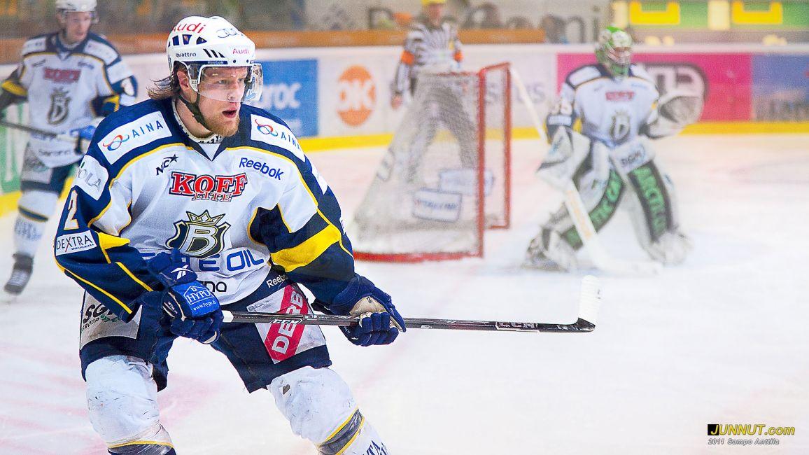 Puolustaja Oskari Korpikari, Blues 15.3.2011, Kärpät - Blues SM-liigan playoffs-ottelu