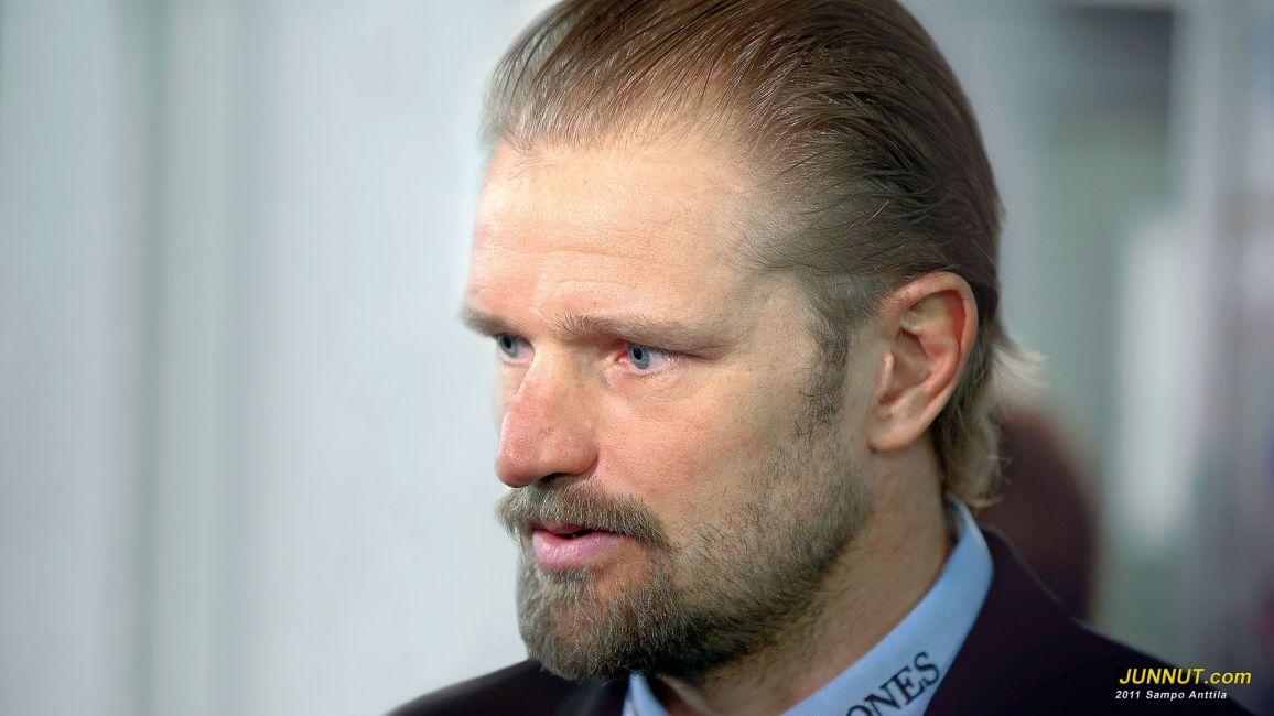 Päävalmentaja Petri Matikainen, Blues 15.3.2011