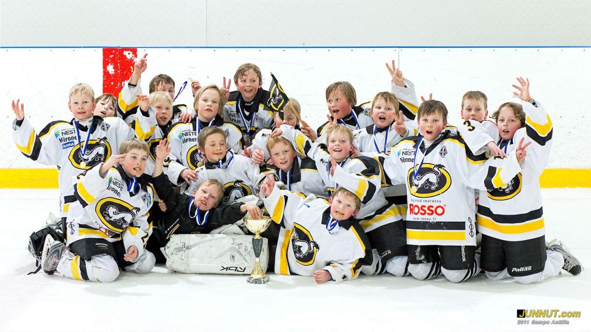 Oulun Kärpät Valkoinen F1-01,  27.3.2011
