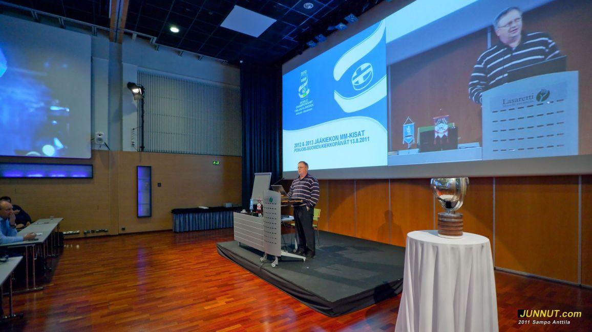 14. Pohjois-Suomen Jääkiekkopäivät avasi SJL:n Pohjoisen alueen puheenjohtaja Jouni Kukkonen 13.8.2011  [Junnut.com]