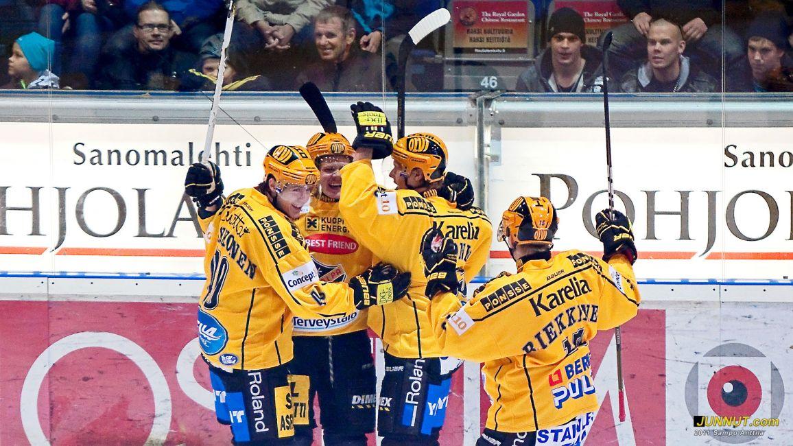 Kärpät - KalPa 30.9.2011 JUNNUT.com