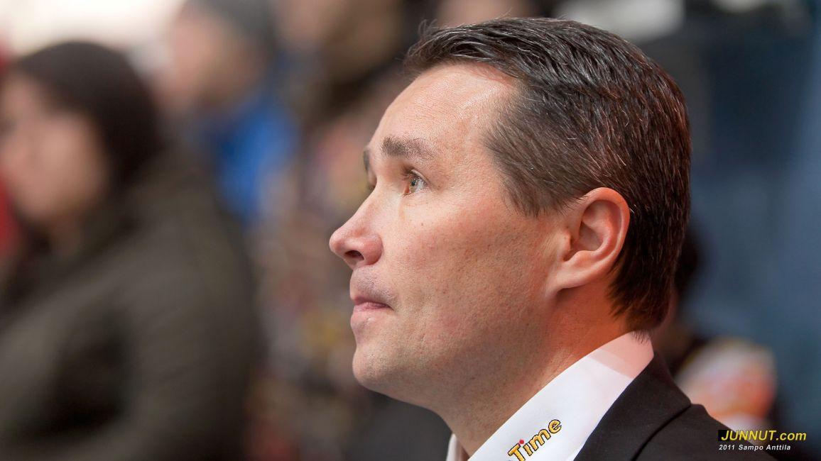 Urheilutoimenjohtaja Harri Aho, Oulun Kärpät Oy
