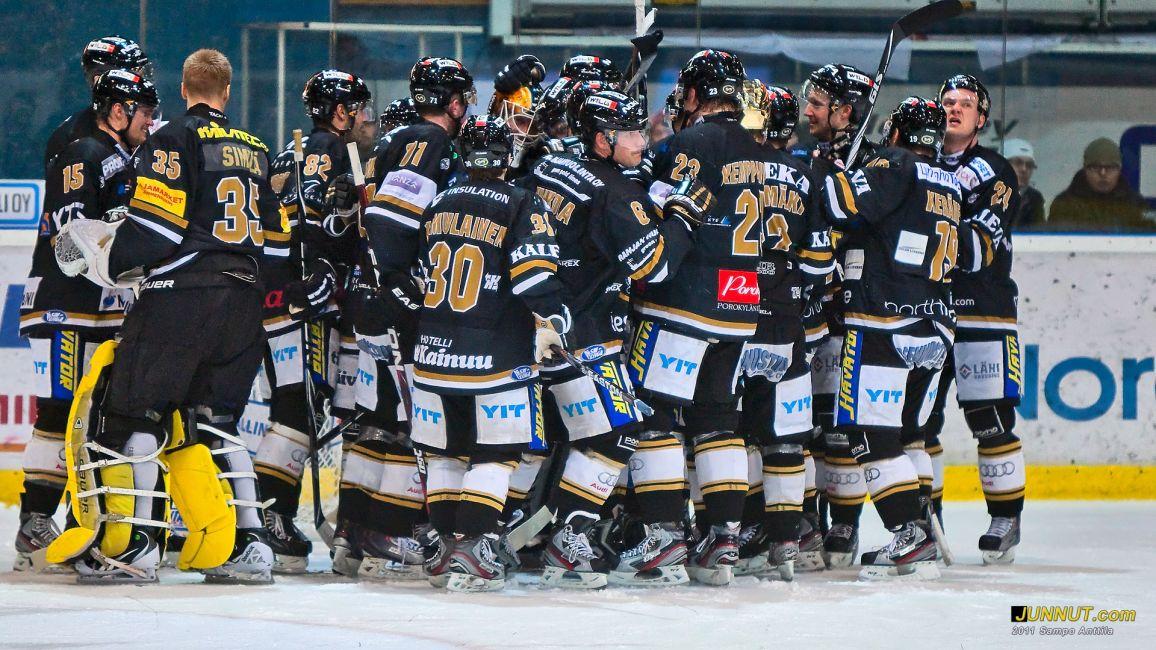 Oulun Kärpät SM-liigassa 2011 - 2012 - Joukkueen kokoonpano 9.12.2011 JUNNUT.com