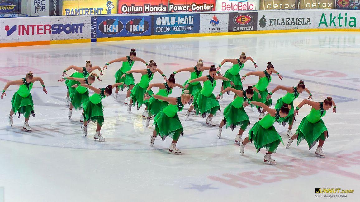 Stella Polaris esiintyi Oulun Energia Areenalla 27.12.2011 JUNNUT.com