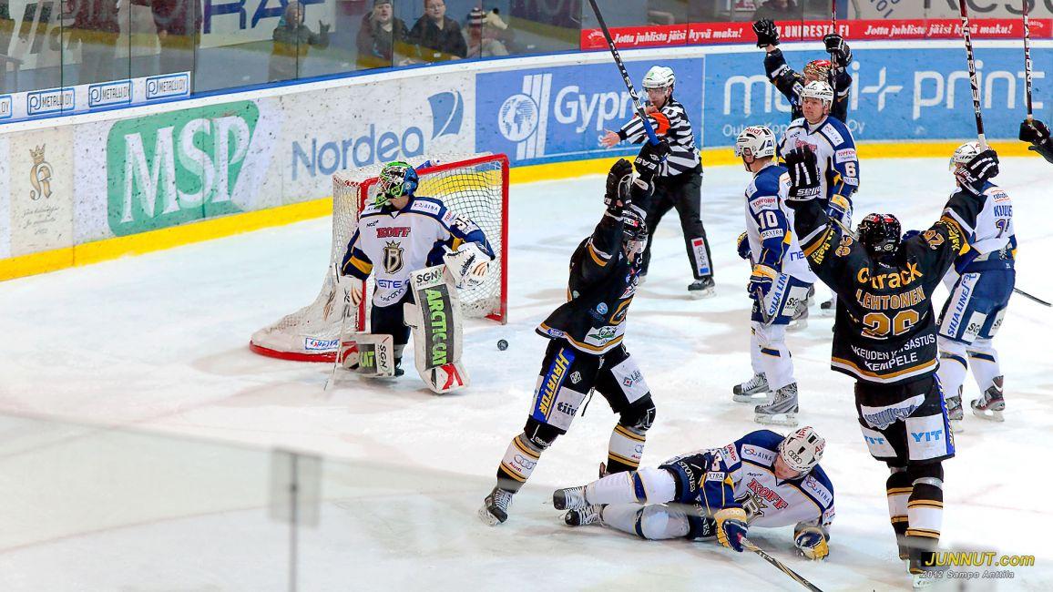 Kärpät - Blues 3.1.2012 SM-liiga. JUNNUT.com