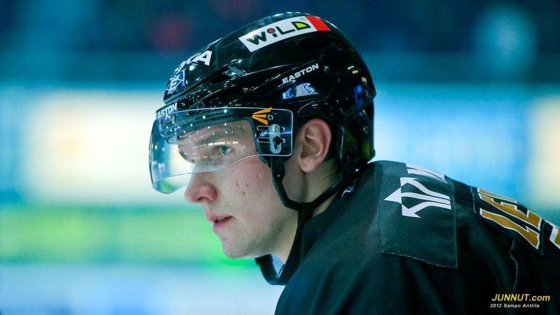 # 7 Nico Lehto, Oulun Kärpät 28.2.2012 JUNNUT.com