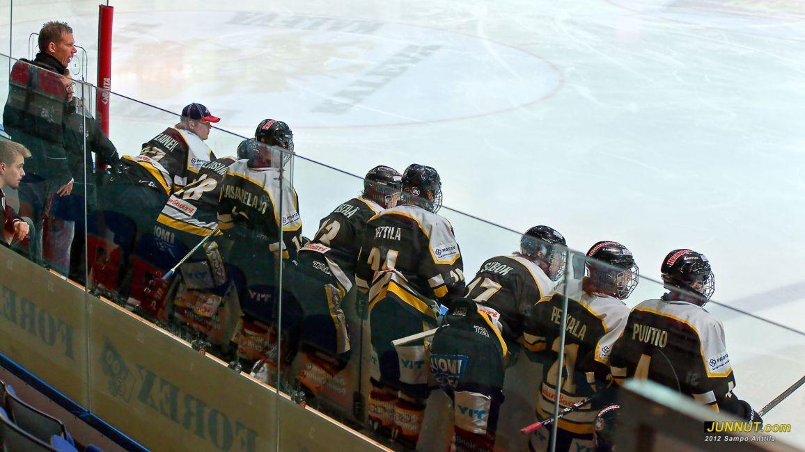 Kärpät - Blues, B-Nuorten SM-sarja, Playoffs 16.3.2012 JUNNUT.com