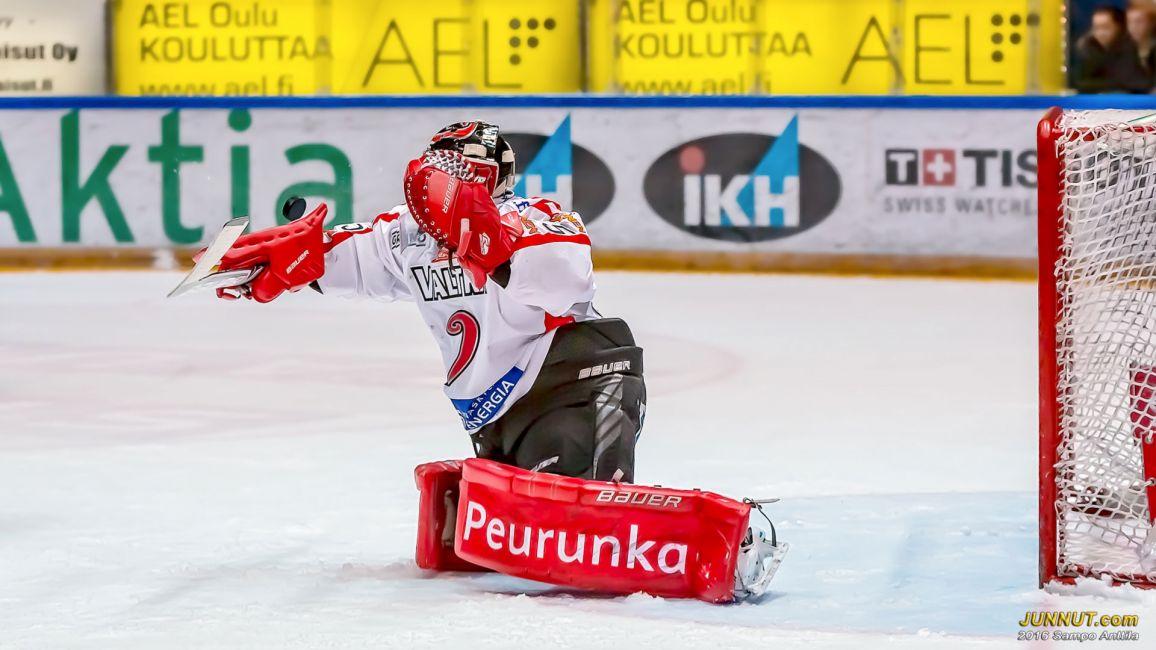 #35 Veini Vehviläinen, JYP