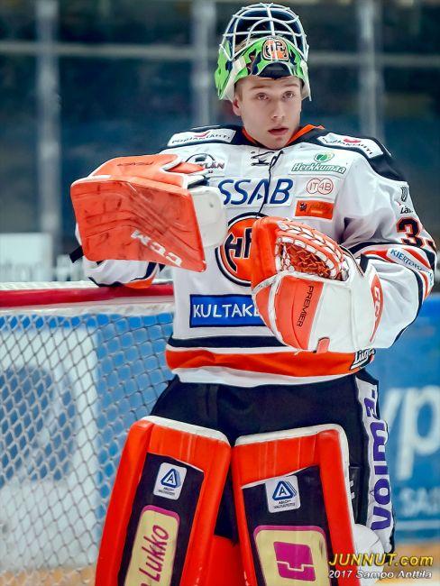 33 Emil Larmi, HPK
