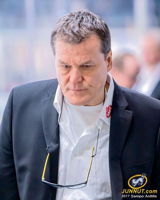 Kai Suikkanen, päävalmentaja Oulun Kärpät