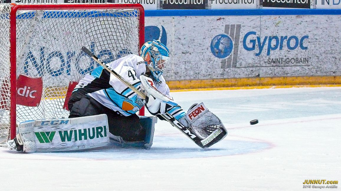 Maalivahti Janne Juvonen, Pelicans